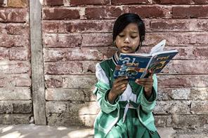 本を読んだことがないアジアの子供たちに絵本を届ける