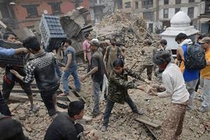 ネパール大地震の支援募金