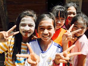 カンボジアの子供たちにとって日本語の習得は強力なスキルになる