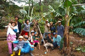 トカラ列島宝島にバナナ繊維アパレルブランドを立ち上げる