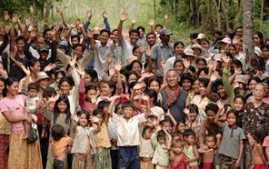 水車によるマイクロ水力発電でカンボジアの村の電力自給を目指す