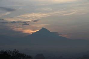 地熱エネルギーの有効利用に舵を切ったインドネシア