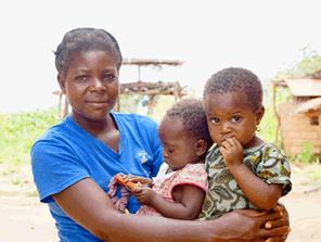 診療所を整備するためにがんばる村を応援する